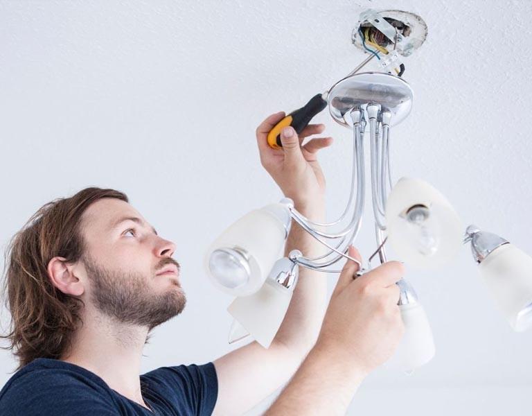 installation et compatibilit des ampoules led. Black Bedroom Furniture Sets. Home Design Ideas